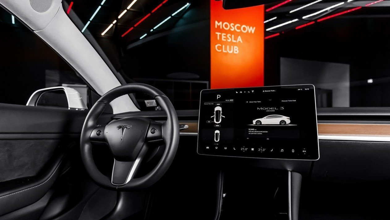 Tesla Model 3 Standart Range Plus RWD: Фотография 5