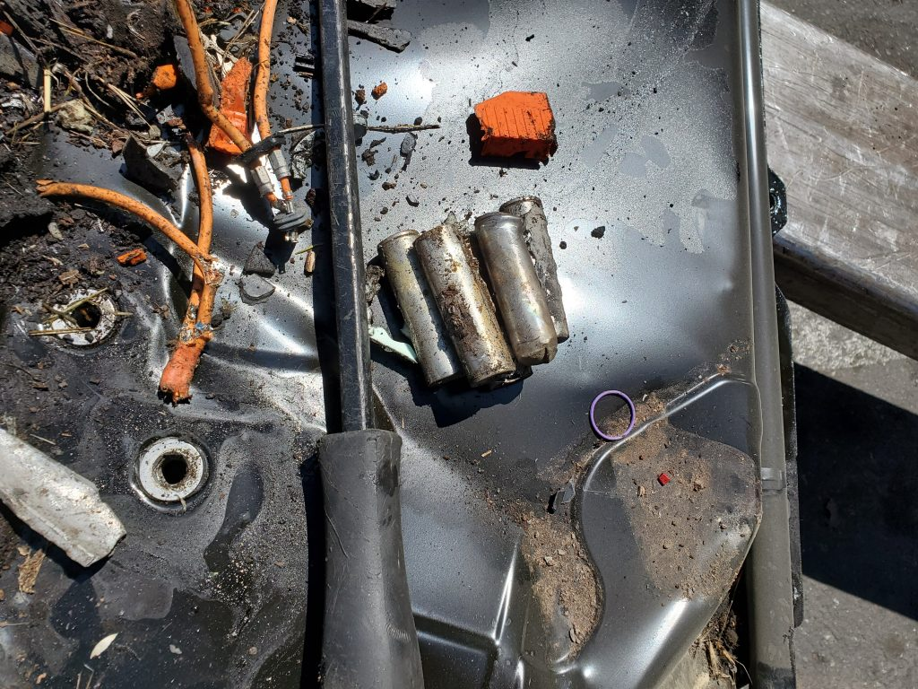tesla-model-3-battery-pack-after-crash-1-1024x768.jpg