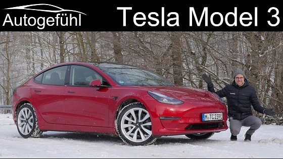 Видео Tesla Model 3 Facelift FULL REVIEW - how much better is it now? 2021 Long Range model